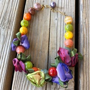 Rare Anthropologie Lenora Dame Floral Necklace!